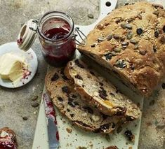 Bill Granger's delicious loaf is easy to make Chef Recipes, Bread Recipes, Dakota Bread, Muesli Bread, Bill Granger, Chef Shows, Homemade Muesli, Homemade Breads, Breakfast Bake