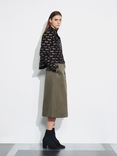 See the complete Markus Lupfer Resort 2017 collection.