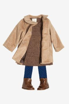 Zara baby, tiene el abrigo y las botas, necesito mmm no creo k si tiene lo demas LOL