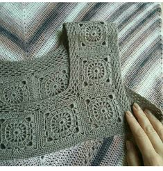 How To Crochet the Crocodile Stitch - Crochet Cacoon Col Crochet, Crochet Cord, Crochet Motifs, Crochet Fabric, Granny Square Crochet Pattern, Tunisian Crochet, Crochet Patterns, Knitting Blogs, Knitting For Beginners
