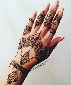 The art of henna (called mehndi in Hindi & Urdu) has been practiced for over Origin of years in Pakistan, India, Africa and the Middle East. There is some documentation that it is over 9000 years old. Because henna has natural cooling properties Latest Mehndi Designs, Beautiful Henna Designs, Mehndi Designs For Hands, Henna Tattoo Designs, Mehandi Designs, Henna Hand Designs, Arabic Henna Designs, Finger Mehendi Designs, Wedding Henna Designs