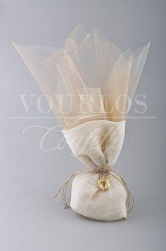Μπομπονιέρες Γάμου | VOURLOS CONFETTI | Γάμος & Βάπτιση | Μπομπονιέρες - Προσκλητήρια - Κουφέτα Ballet Dance, Dance Shoes, Lavender, Wedding Decorations, Packaging, Weddings, Party, Gifts, Beautiful