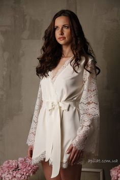 Short Silk Bridal Robe with Lace Sleeves F6Lingerie by Alingerie