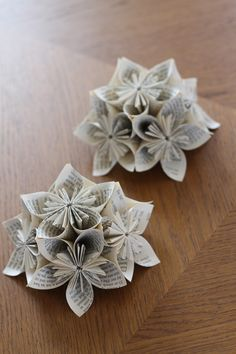 Origami flowers made with 5 pieces of paper this is where I started...an easy craft!