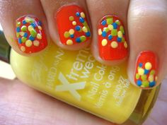Dotted brights manicure