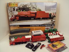 MTH RailKing O Gauge 2-8-0 Christmas Express Steam Freight Set, 30-4229-1 http://www.mthtrains.com/content/30-4229-1