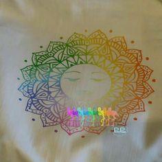 Ein tolles Sonnenmandala von Dreamplotts by Leonie Murano. Ich durfte es probeplotten und bin von der Datei begeistert. Benutzt habe ich die Rainbow Circle Flex von plottermarie. Amazing, Projects