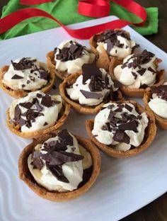 Cheats mini banoffee tarts - easy recipe by VJ cooks Banana Recipes, Tart Recipes, Banoffee Tart, Impressive Desserts, Mini Tart, Shortcrust Pastry, Almond Cakes, Desert Recipes, My Favorite Food