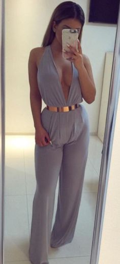 jumpsuit grey plunge v neck plunge jumpsuit plunge neckline wide-leg pants cute girly date outfit summer outfits pool party classy summer holidays romantic clubwear gray jumpsuit Dressy Outfits, Cute Outfits, Fashion Outfits, Jumpsuit Elegante, Elegantes Outfit, Tumblr Outfits, Mode Style, Fashion Killa, Passion For Fashion