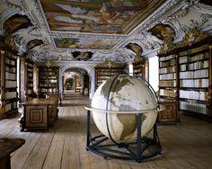 Biblioteche - Massimo Listri 2 - Kremsmunster