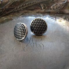 Polka Dot Pedestal Button