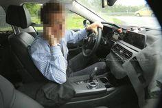 2016-BMW-7-Series-Interior-spied