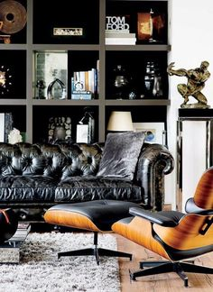 Masculine + contemporary office / library sitting area with leather tufted chesterfield sofa and a black leather eames lounge chair. Masculine Living Rooms, Masculine Interior, Masculine Apartment, Manly Living Room, Casa Steampunk, Living Room Decor, Living Spaces, Living Area, Decor Pad