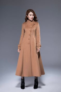A Complete Guide to Choosing The Perfect Coat That Complements Your Taste This Season - Best Fashion Tips Maxi Coat, Coat Dress, Camel Coat Outfit, Asymmetrical Coat, Mode Abaya, Long Wool Coat, Dress Neck Designs, Popular Dresses, Muslim Fashion