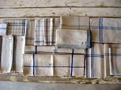 vintage linen kitchen and dining linen Linen Towels, Tea Towels, Dish Towels, Photo Deco, French Fabric, Linens And Lace, French Vintage, Vintage Linen, French Blue