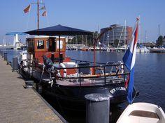 """Our own tugboat, """"Residentie"""", mored in Den Helder port. Onze eigen sleepboot, """"Residentie"""", afgemeerd in de haven van Den Helder. (2003) H.H"""