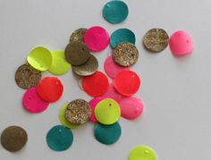 Make paper beads with Mod Podge!