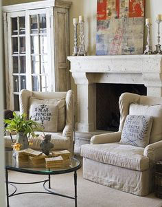 Old Living Room Interior Design Ideas With Fireplace Fabric Sofa : Home Interiors Luxury Interior Design, Interior Design, Family Room, House Interior, Family Living Rooms, Home, Room, Interior, Furniture
