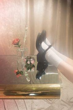 Portentous Cool Tips: Shoes Vintage Loafers wedding shoes australia.Black Shoes … Portentous Cool Tips: Shoes Vintage Loafers wedding shoes australia. Tory Burch, Shoes Valentino, Gucci Shoes, Christian Louboutin, Louboutin Shoes, Fashion Designer, Designer Shoes, Carrie Bradshaw, Retro Vintage