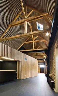Centro Léonce Georges by Calderon-Folch-Sarsanedas Arquitectes