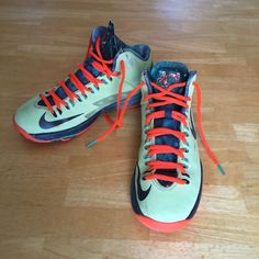 huge discount f04d7 1be51 Nike KD V 5 Lime Obsidian-Crimson Extraterrestrial 555641-301 Size 4.5 Youth