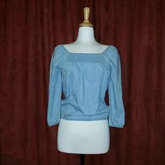 Vintage Denim Top + lightly used + perfect condition + quarter sleeve + loose fit + offers welcome via designated button Vintage Tops Crop Tops