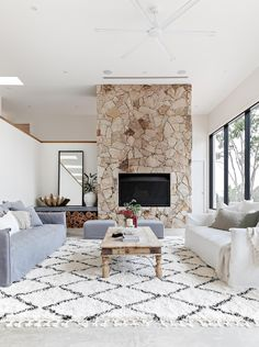 Stone Wall Living Room, Living Room Fireplace, Stone Fireplace Wall, Stone Fireplace Designs, High Ceiling Living Room, Stone Feature Wall, White Lounge, Orange House, Home And Living