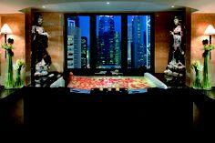 Mandarin Suite's master bathroom,   Mandarin Oriental, Hong Kong