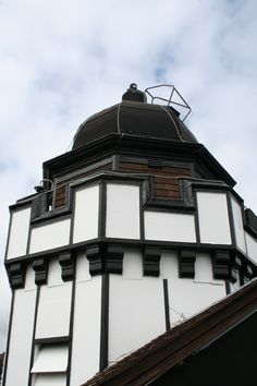 On a clear day you can see all around Edinburgh and right down the East Lothian coast from the top of the Camera Obscura. Science Festival, Visit Edinburgh, On A Clear Day, Camera Obscura, Easter Holidays, National Museum, Capital City, Fun Things, Brave
