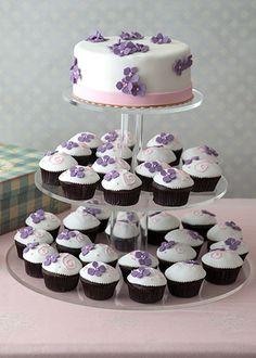 Mutlu Düşler Nişan Pastası ve Cupcake