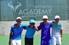 Making new friends at the #RafaNadalAcademybyMovistar. Thanks to @movistar_es for making all of this possible!
