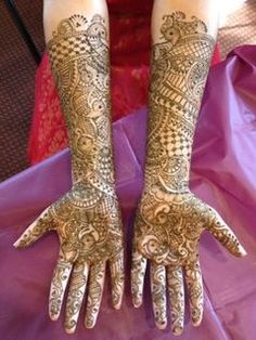 As a finalist in our annual mehndi contest, this super talented artist brings us her best designs!