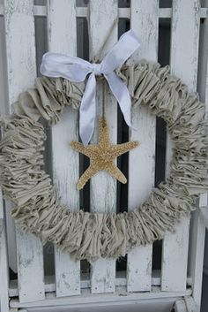 Linen wreath with starfish. Make this for Mom.