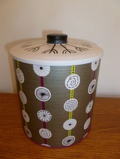 Sanderson Atomic Designer Metal Biscuit Barrel Tin