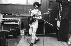Frank Zappa. Henry Diltz Photography