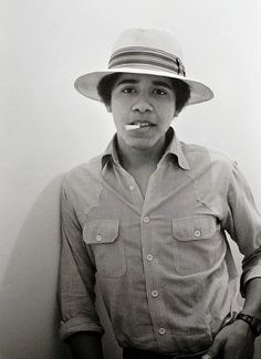 Barack Obama - Yaş: 18