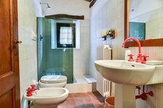 Bathroom Room D at Fagiolari