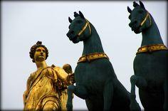 Arc du Carroussel: copie quadrige bronze Chevaux de Constantin Ier par François Joseph Bosio détail