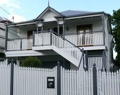 Queenslander house styles google search small houses for Queenslander exterior colour schemes