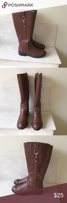 Life Stride brown riding boots Sz 8.5 wide calf Life Stride brown riding boots Sz 8.5 wide calf good condition light wear right zipper has a little friction to zipper up Life Stride Shoes Heeled Boots