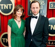 """Alexis Bledel and her #MadMen costar Vincent Kartheiser are getting married -- and """"they couldn't be happier."""""""