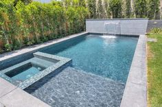 pool im garten 4245 Vantage Ave, Studio City, CA 91604 Small Backyard Pools, Backyard Pool Landscaping, Backyard Pool Designs, Small Pools, Swimming Pools Backyard, Swimming Pool Designs, Outdoor Pool, Piscine Simple, Piscina Rectangular