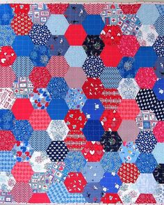 How to Make a Hexagon Quilt - A Free Tutorial - Lindy J Quilts