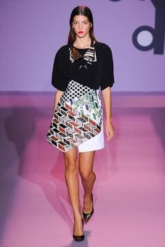 Andrew Gn Spring 2015 Ready-to-Wear Fashion Show: Complete Collection - Style.com