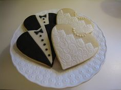 These wedding cookies are so special.  Look at the lace!  Credits: Mariah Wagner via Alexis Barnes  Repinned 15 weeks ago from Wedding Cookie Ideas  Holly's Barn Wedding