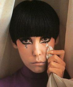 Peggy Moffitt mod eye makeup with tears