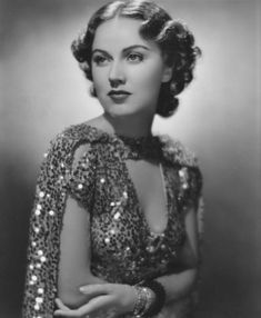 Fay Wray, 1934 Old Hollywood Glamour, Golden Age Of Hollywood, Vintage Hollywood, Hollywood Stars, Classic Hollywood, Hollywood Icons, Classic Actresses, Hollywood Actresses, Beautiful Actresses