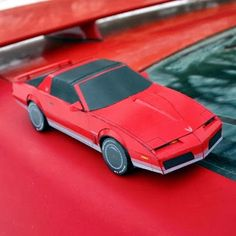 80's Pontiac Firebird Papercraft | Tektonten Papercraft  Pontiac Firebirds were produced from 1967 till 2002. This papercraft Firebird shows the car's design for the 1982 to 1984 model years. The model is available in numerous color schemes, including... a Knight Rider KITT version