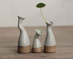 Hydroponic Plants Mini Vase Ceramic Vase Miniature  Small Flower Vase, Mini Vase of High Fire Stoneware , Garden Pots - white