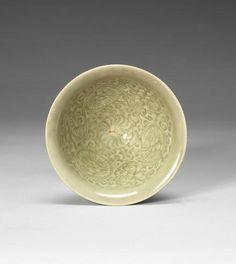 A small Yaozhou celadon glazed conical bowl, century - Alain. 12th Century, Japanese Art, Serving Bowls, Glaze, Porcelain, Chinese, Tableware, Japan Art, Enamel